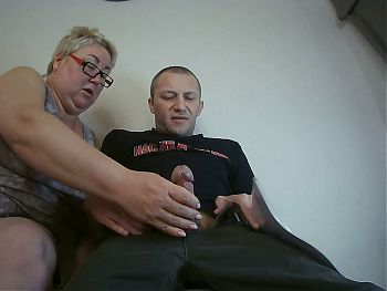 a woman loves to work with her hands and jerks off my cock